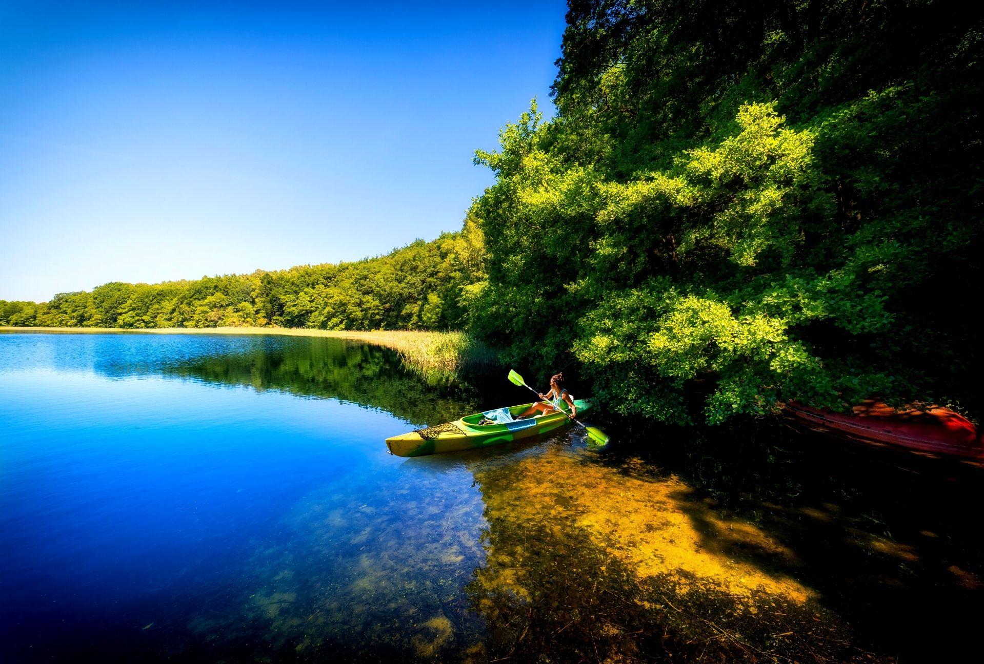 Lakes kayaking